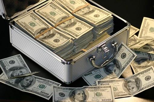 融資の借り入れ先の特徴
