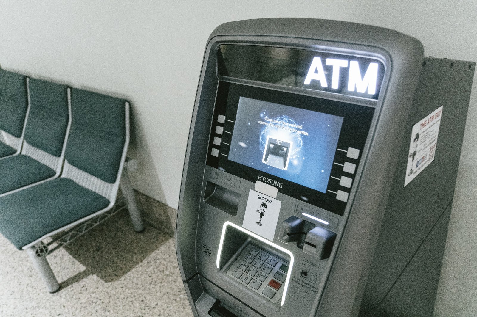 日本の銀行口座アイキャッチ